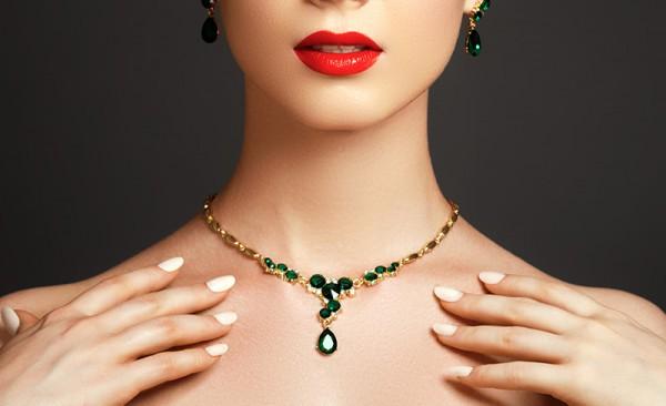 Juwelen van uw goud...